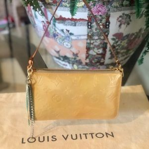 🎀✨CUTE✨🎀 Louis Vuitton handbag